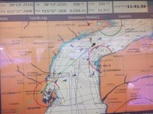 Messina yı akıntının da yardımıyla 12 knots a varan hızla geçiverdik
